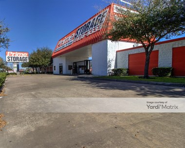 Storage Units for Rent available at 9333 Main Street, Houston, TX 77025 Photo Gallery 1
