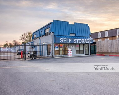 Storage Units for Rent available at 9333 Westheimer Road, Houston, TX 77063 Photo Gallery 1
