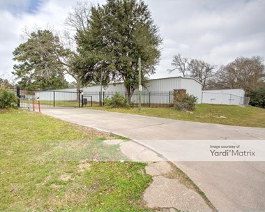 Storage Units for Rent available at 13860 Shepard Hill Road, Willis, TX 77318 Photo Gallery 1