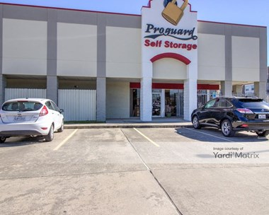 Storage Units for Rent available at 2915 Old Spanish Trail, Houston, TX 77054 Photo Gallery 1