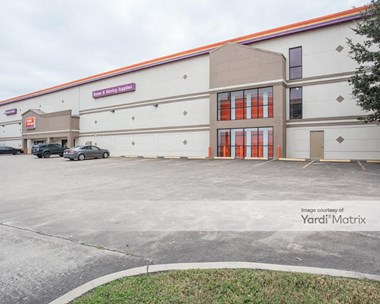 Storage Units for Rent available at 10801 Katy Fwy, Houston, TX 77079 Photo Gallery 1