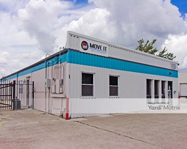 Storage Units for Rent available at 1101 Tully Street, Houston, TX 77079 Photo Gallery 1