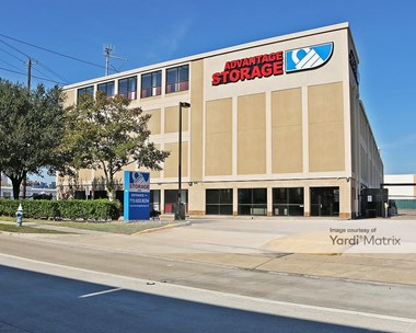 Storage Units for Rent available at 4250 Southwest Fwy, Houston, TX 77027 Photo Gallery 1