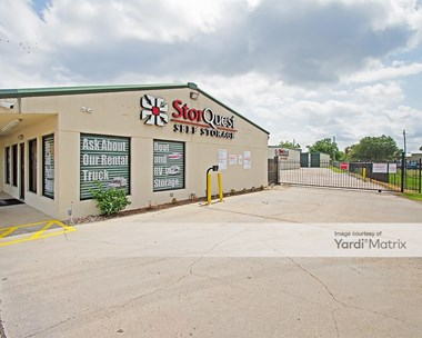 Storage Units for Rent available at 210 Gonyo Lane, Richmond, TX 77469 Photo Gallery 1