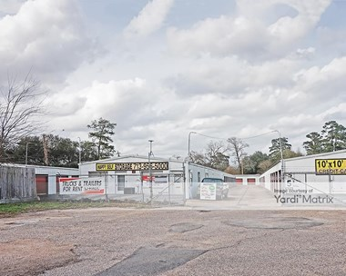 Storage Units for Rent available at 1850 West 43rd Street, Houston, TX 77018 Photo Gallery 1