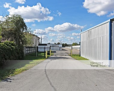 Storage Units for Rent available at 7603A Wright Road, Houston, TX 77041 Photo Gallery 1