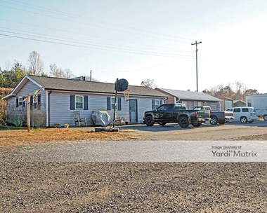 Storage Units for Rent available at 2415 Cherryville Road, Cherryville, NC 28021 Photo Gallery 1