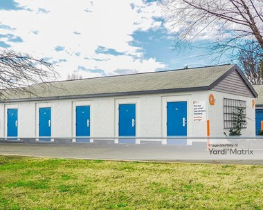 Storage Units for Rent available at 5641 David Cox Road, Charlotte, NC 28269 Photo Gallery 1