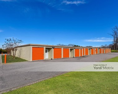 Storage Units for Rent available at 4560 Charlotte Hwy, Lake Wylie, SC 29710 Photo Gallery 1
