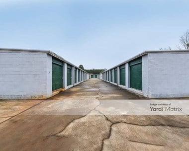 Storage Units for Rent available at 1870 West Baskins Road, Rock Hill, SC 29730 Photo Gallery 1
