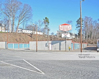 Storage Units for Rent available at 4889 Country Club Road, Winston-Salem, NC 27104 Photo Gallery 1