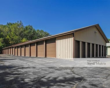 Storage Units for Rent available at 201 Dewey Avenue, Fontana, WI 53125 Photo Gallery 1