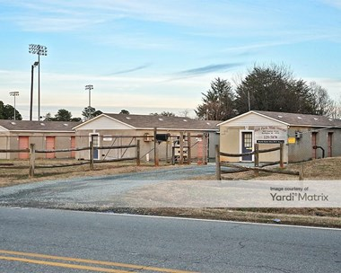Storage Units for Rent available at 1480 Graham Street, Burlington, NC 27217 Photo Gallery 1