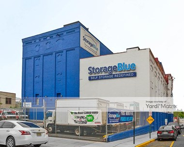 Storage Units for Rent available at 3322 Hudson Avenue, Union City, NJ 07087 Photo Gallery 1