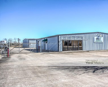 Storage Units for Rent available at 8935 Baker Street, Santa Fe, TX 77510 Photo Gallery 1