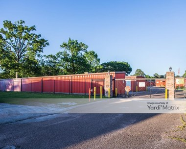 Storage Units for Rent available at 1804 North Frazier, Conroe, TX 77301 Photo Gallery 1