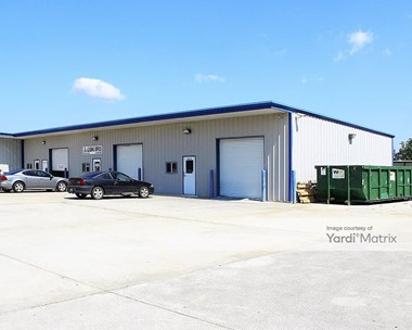Storage Units for Rent available at 1413 Northpark Drive, Kingwood, TX 77339 Photo Gallery 1