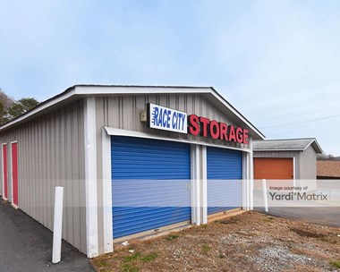 Storage Units for Rent available at 183 East Plaza Drive, Mooresville, NC 28117 Photo Gallery 1