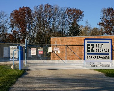 Storage Units for Rent available at N60W14944 Bobolink Avenue, Menomonee Falls, WI 53051 Photo Gallery 1