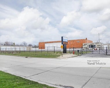 Storage Units for Rent available at 1005 Columbia Avenue, South Milwaukee, WI 53172 Photo Gallery 1