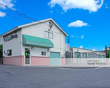 Storage Units for Rent available at 901 Candia Road, Manchester, NH 03109 Photo Gallery 1