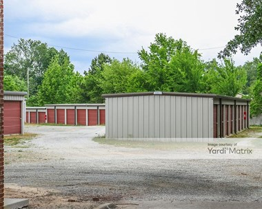 Storage Units for Rent available at 432 65Th Street, Tuscaloosa, AL 35405 Photo Gallery 1