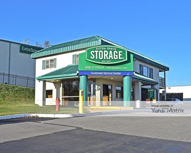Storage Units for Rent available at 1553 Grant Avenue, Philadelphia, PA 19115 Photo Gallery 1