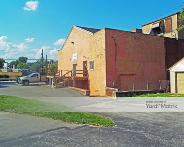 Storage Units for Rent available at 690 Burmont Road, Drexel Hill, PA 19026 Photo Gallery 1