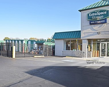 Storage Units for Rent available at 12005 Roosevelt Blvd, Philadelphia, PA 19154 Photo Gallery 1