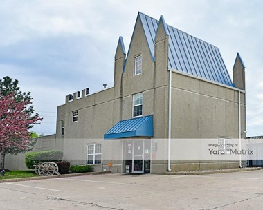 Storage Units for Rent available at 12650 Ford Drive, Fishers, IN 46038 Photo Gallery 1