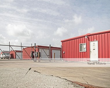 Storage Units for Rent available at 1320 Old Angleton Road, Clute, TX 77531 Photo Gallery 1