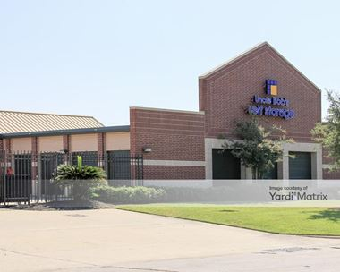 Storage Units for Rent available at 6603 Atascocita Road, Humble, TX 77346 Photo Gallery 1