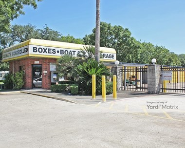 Storage Units for Rent available at 5710 Broadway Street, Pearland, TX 77581 Photo Gallery 1