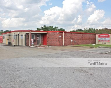 Storage Units for Rent available at 9109 Hughes Ranch Road, Pearland, TX 77584 Photo Gallery 1