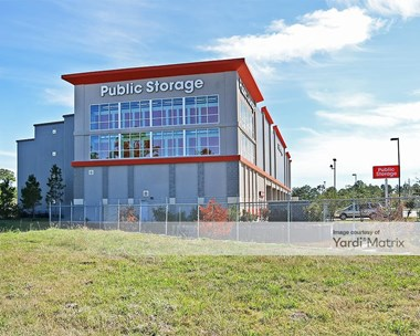 Storage Units for Rent available at 3155 West Walker Street, League City, TX 77573 Photo Gallery 1