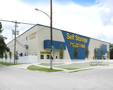 Storage Units for Rent available at 1815 Edmundson Street, Houston, TX 77003 Photo Gallery 1