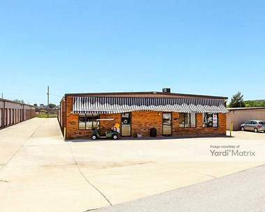 Storage Units for Rent available at 2792 Pelham Pkwy, Pelham, AL 35124 Photo Gallery 1