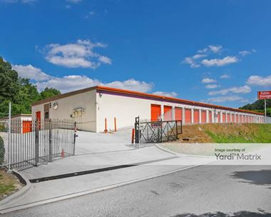 Storage Units for Rent available at 1055 Pebble Creek Pkwy, Birmingham, AL 35214 Photo Gallery 1