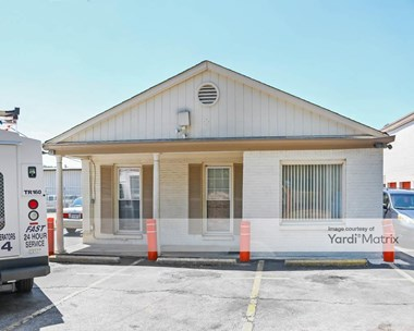 Storage Units for Rent available at 1120 Huffman Road, Birmingham, AL 35215 Photo Gallery 1