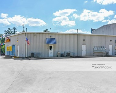 Storage Units for Rent available at 1441 Forestdale Blvd, Birmingham, AL 35214 Photo Gallery 1