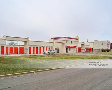 Storage Units for Rent available at 280 South Main Place, Carol Stream, IL 60188 Photo Gallery 1