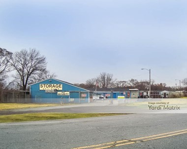 Storage Units for Rent available at 2200 Central Avenue, Lake Station, IN 46405 Photo Gallery 1