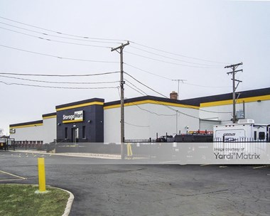 Storage Units for Rent available at 10700 West 159Th Street, Orland Park, IL 60467 Photo Gallery 1