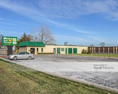 Storage Units for Rent available at 673 North Route 83, Grayslake, IL 60030 Photo Gallery 1
