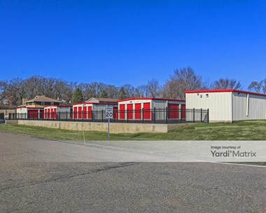 Storage Units for Rent available at 6717 State Park Road, Fox Lake, IL 60020 Photo Gallery 1