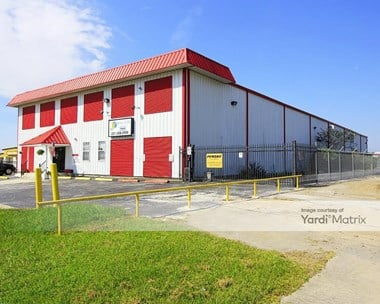 Storage Units for Rent available at 22200 US 59, Kingwood, TX 77339 Photo Gallery 1