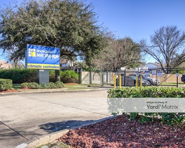 Storage Units for Rent available at 6402 Fairmont Pkwy, Pasadena, TX 77505 Photo Gallery 1