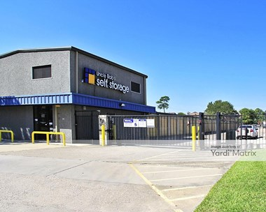Storage Units for Rent available at 19415 Pinehurst Trail Drive, Humble, TX 77346 Photo Gallery 1