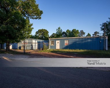 Storage Units for Rent available at 419 Bryant Road, Conroe, TX 77303 Photo Gallery 1