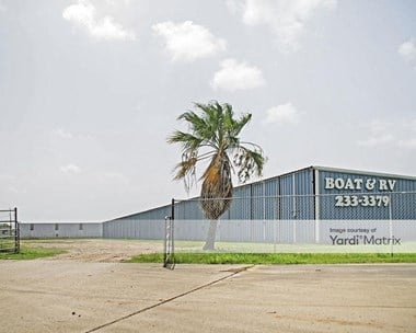Storage Units for Rent available at 1932 FM 523, Oyster Creek, TX 77541 Photo Gallery 1